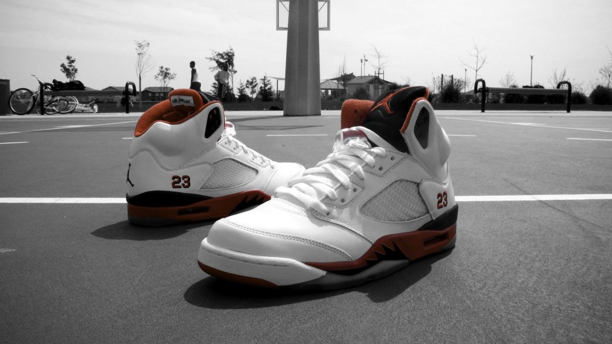 "Weekly Wallpaper: Air Jordan 5 ""Fire Red"" | Nice Kicks"