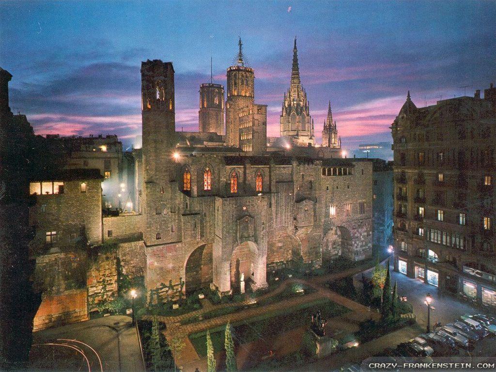 Barcelona wallpapers – Crazy Frankenstein