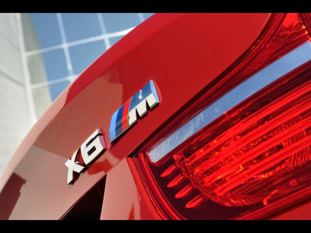 Red BMW X6 M Logo desktop wallpaper | WallpaperPixel