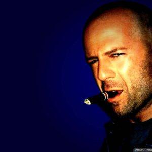 download Bruce Willis wallpapers – Male celebrity – Crazy Frankenstein