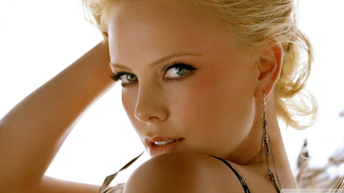 Charlize Theron Portrait HD desktop wallpaper : High Definition …
