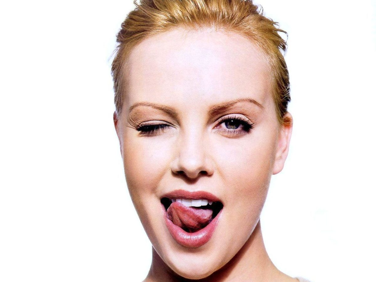 Charlize Theron HD Wallpapers and Backgrounds