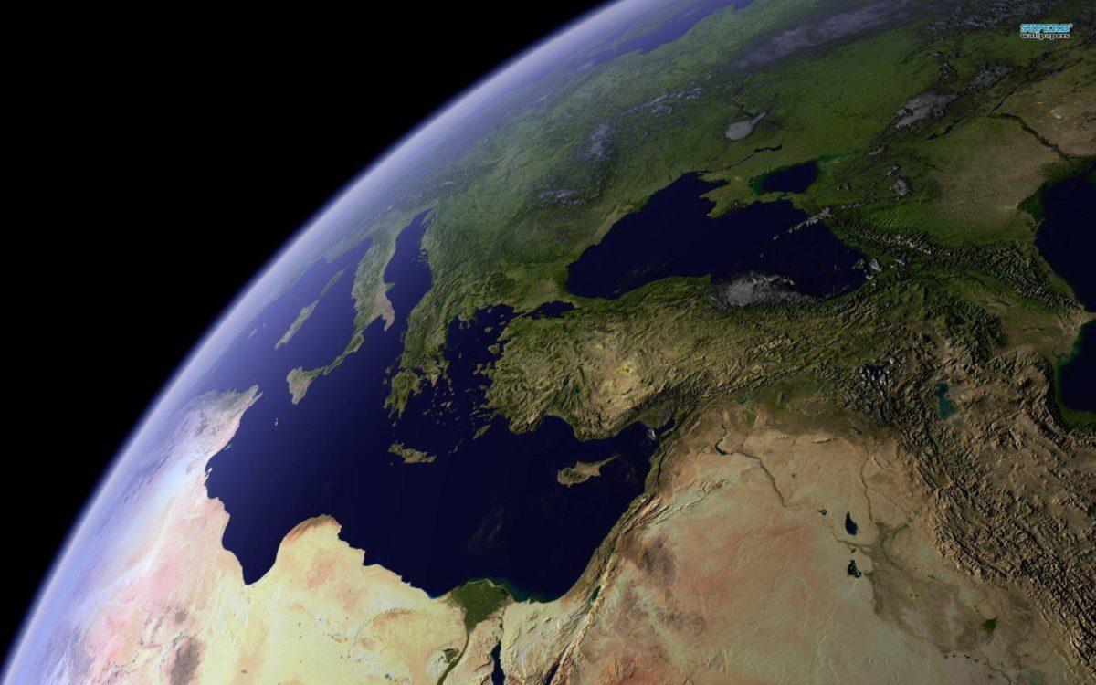 earth-5417-1920×1200.jpg