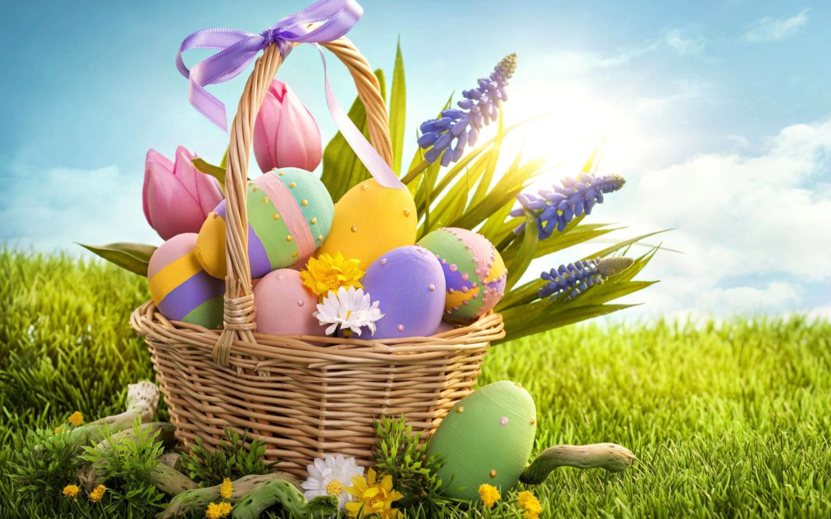 Colorful Easter eggs Wallpaper #