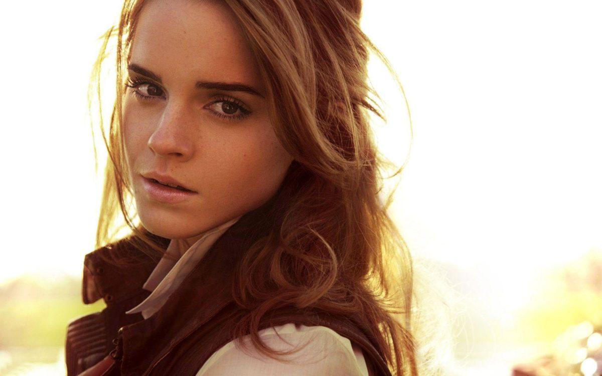 Emma Watson wallpaper – 1010393