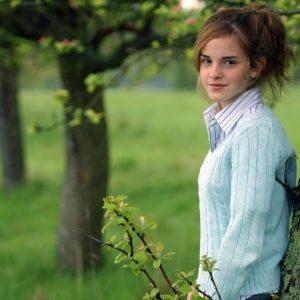 download Emma Watson Wallpapers | Free Download HD Hot Beautiful Actress Images