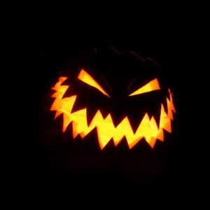 download 50+ Halloween Wallpapers To Get You Into The Halloween Spirit | Ginva