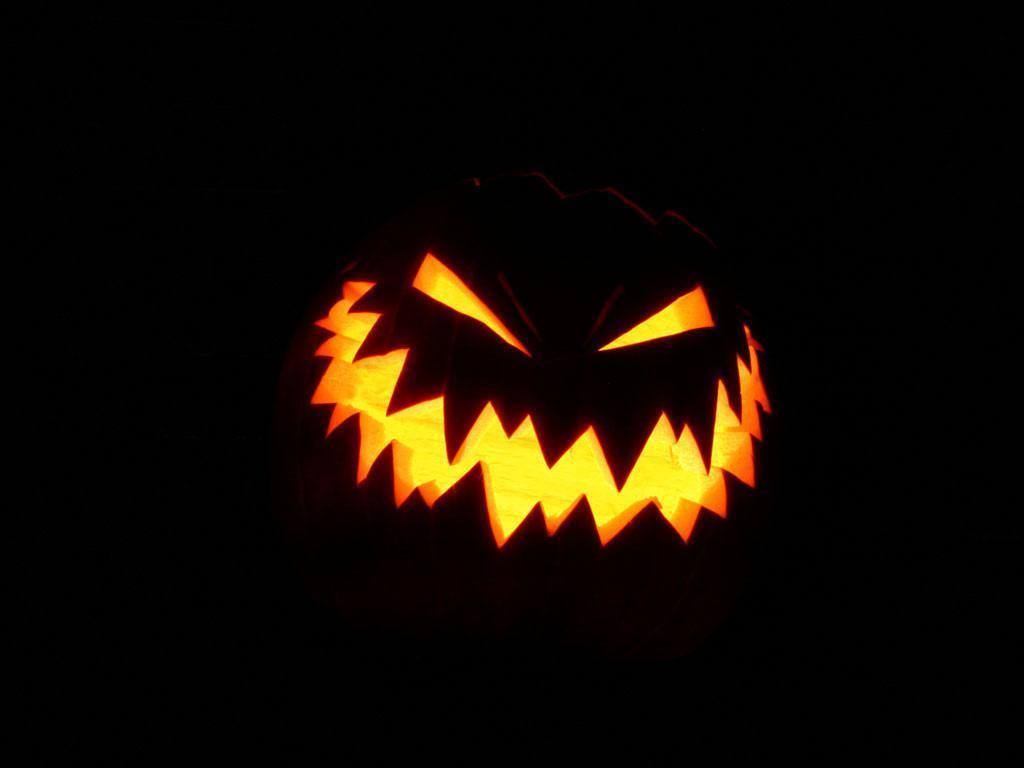 50+ Halloween Wallpapers To Get You Into The Halloween Spirit | Ginva