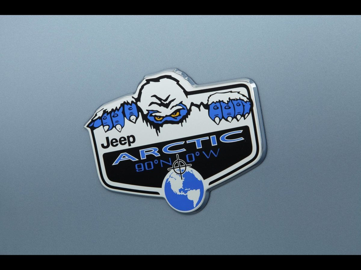 2012 Jeep Wrangler Arctic – Logo – 1920×1440 – Wallpaper