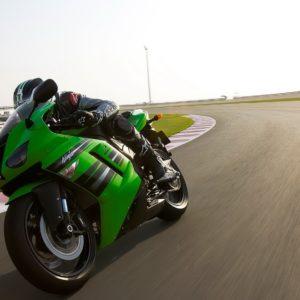 download Kawasaki Ninja Zx 6r Bike Wallpaper | HD Kawasaki Wallpapers for …