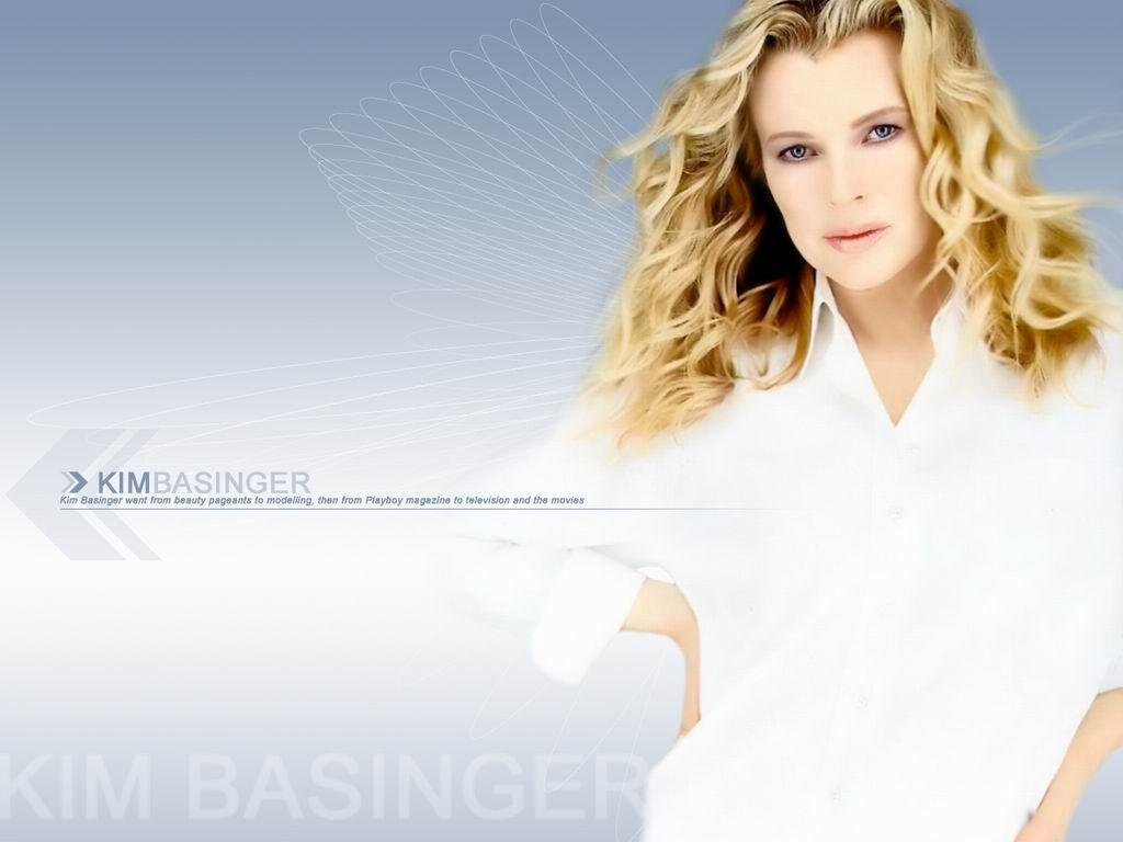 Kim Basinger – Unique Wallpaper