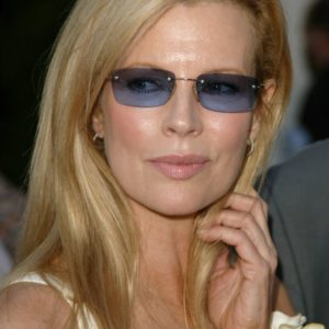 download Kim Basinger – Gallery Colection   Wallpaper Xtreme Hot