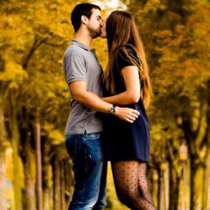 download HD Love Kiss Backgrounds | PixelsTalk.Net