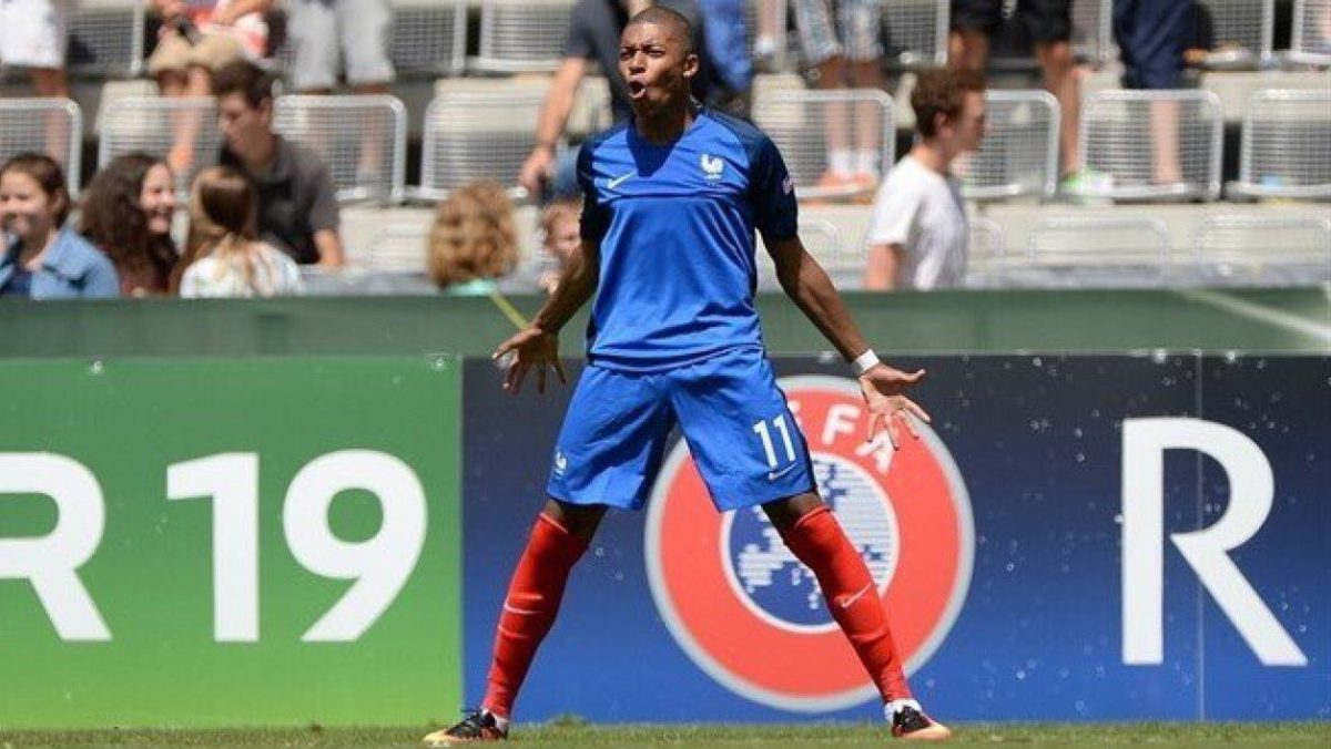https://www.lamula.fr/pepites-football-2-kylian-mbappe/ #Mbappé …