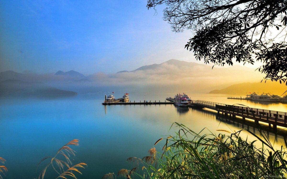 20 Beautiful HD Lake Wallpapers – HDWallSource.com