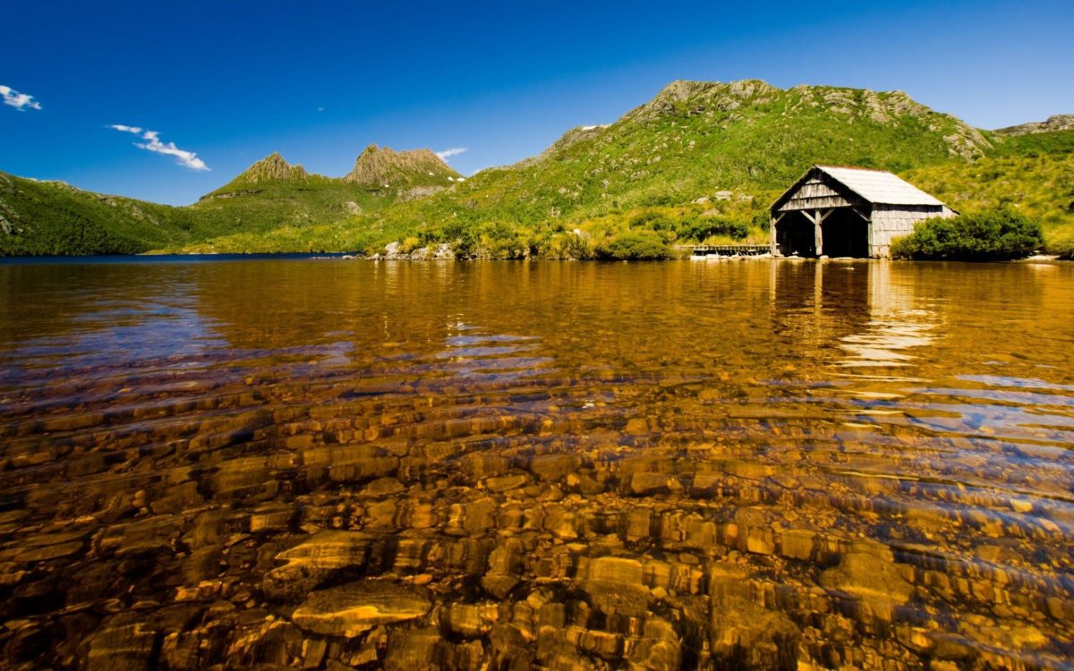 Download the Shallow Boathouse Lake Wallpaper, Shallow Boathouse …