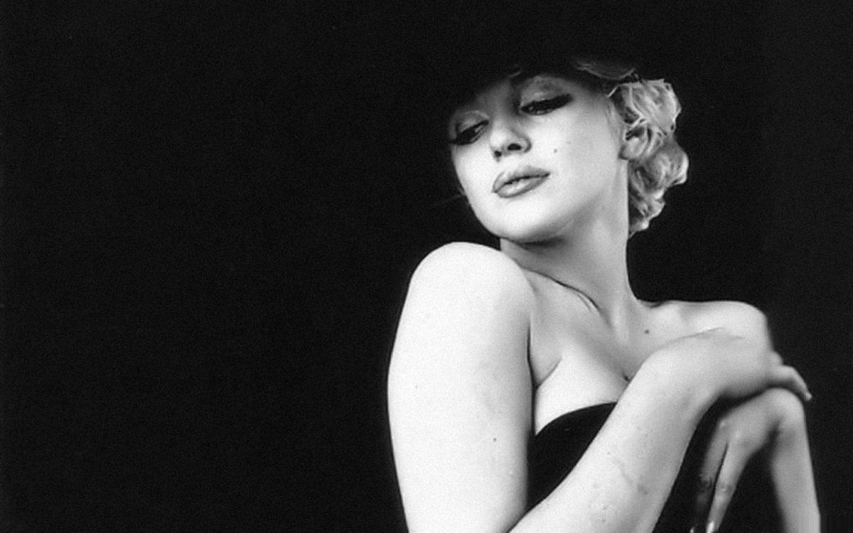 Marilyn Monroe Wallpaper Black And White 14907 Full HD Wallpaper …