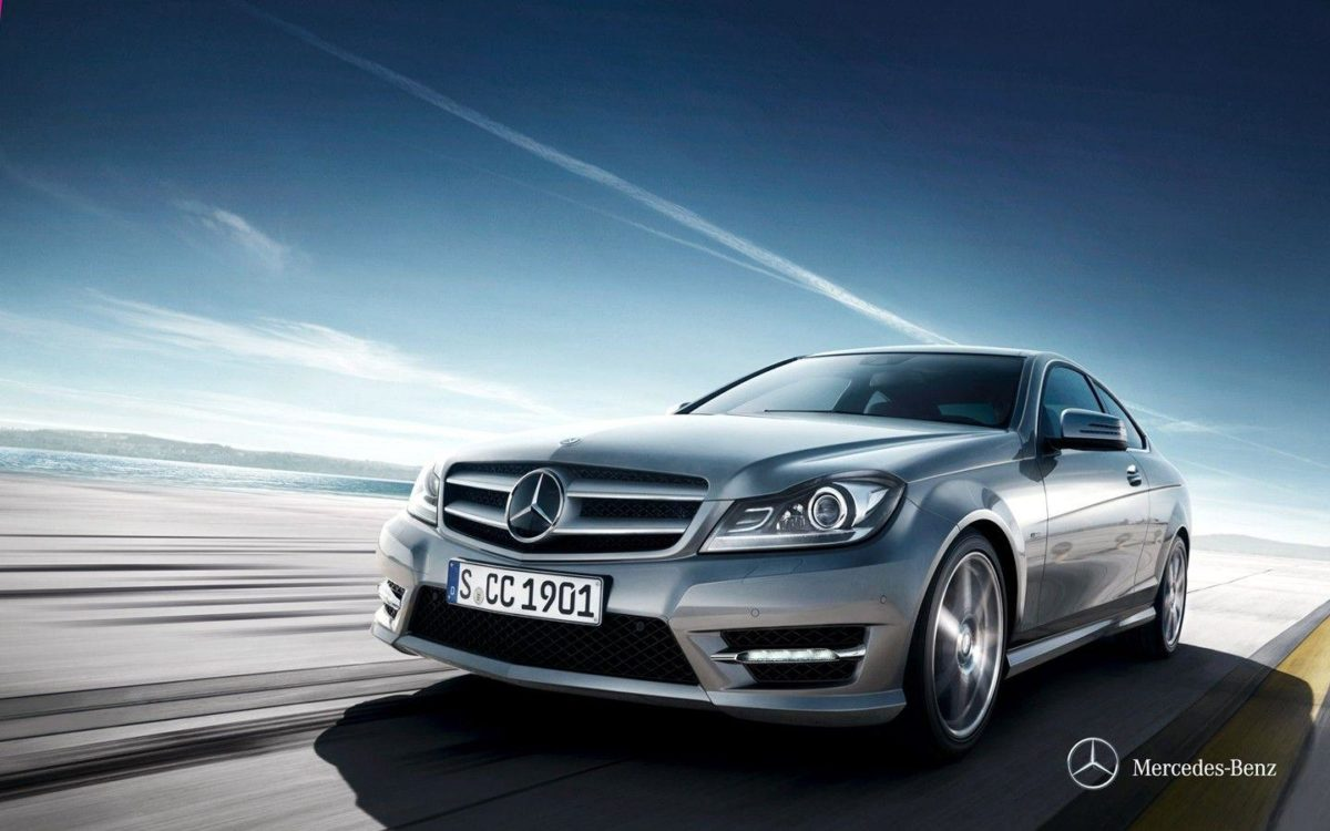 Mercedes – Benz C-Class 30377 – Automotive Wallpapers – Traffic