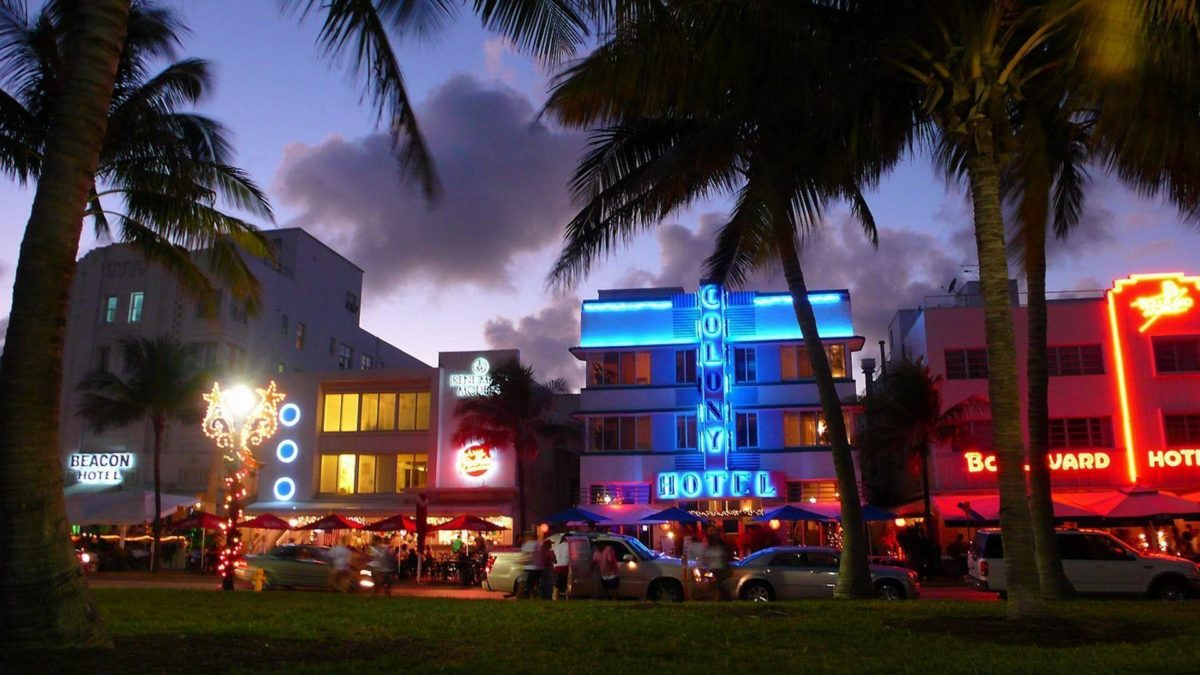 Night At Miami Beach | The Free Wallpapers | HD Wallpapers For …