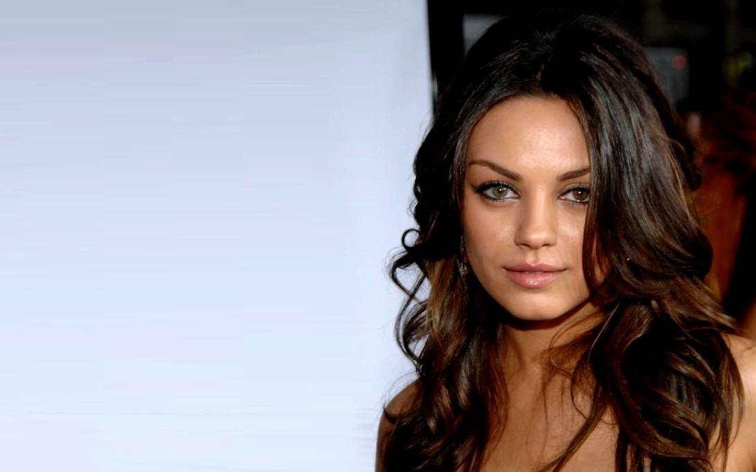 Mila Kunis Wallpapers HD-