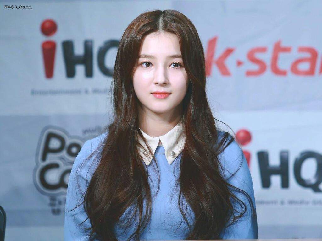 Nancy at Press Conference for Acting Show
