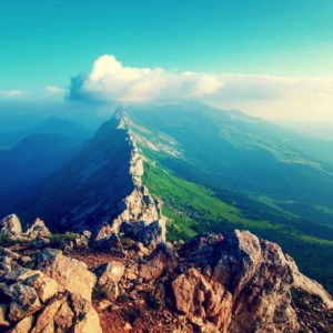 download The Lavishing Mountain Wallpaper