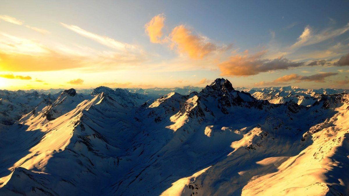 10 Beautiful Mountain Wallpapers — Fox Archive