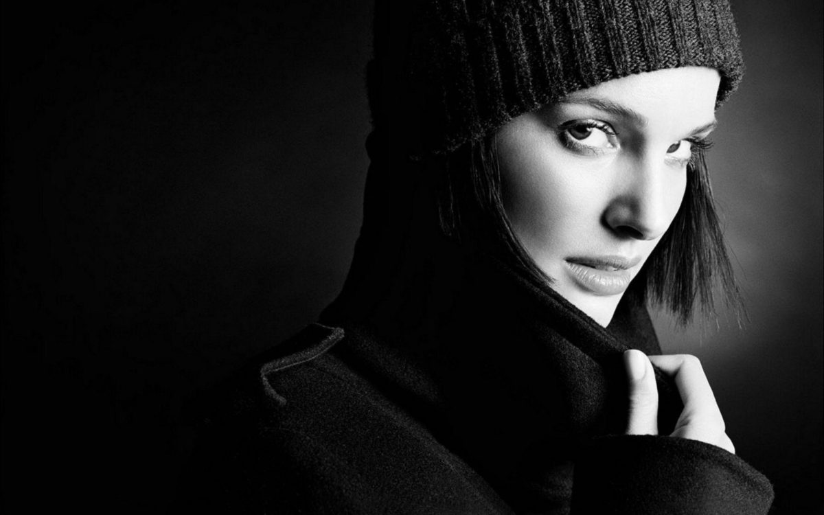 Natalie Portman, black and white | HQ Wallpapers for PC