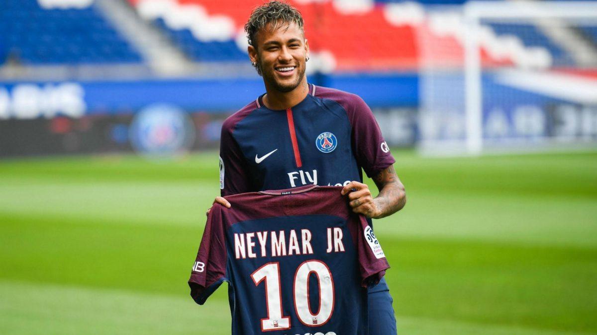 Neymar PSG Presentation 10