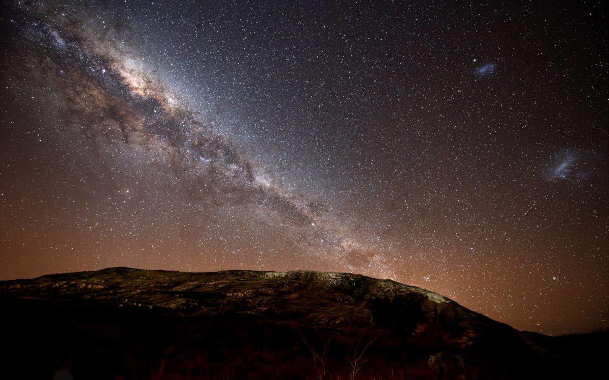 Bright night sky Wallpaper #