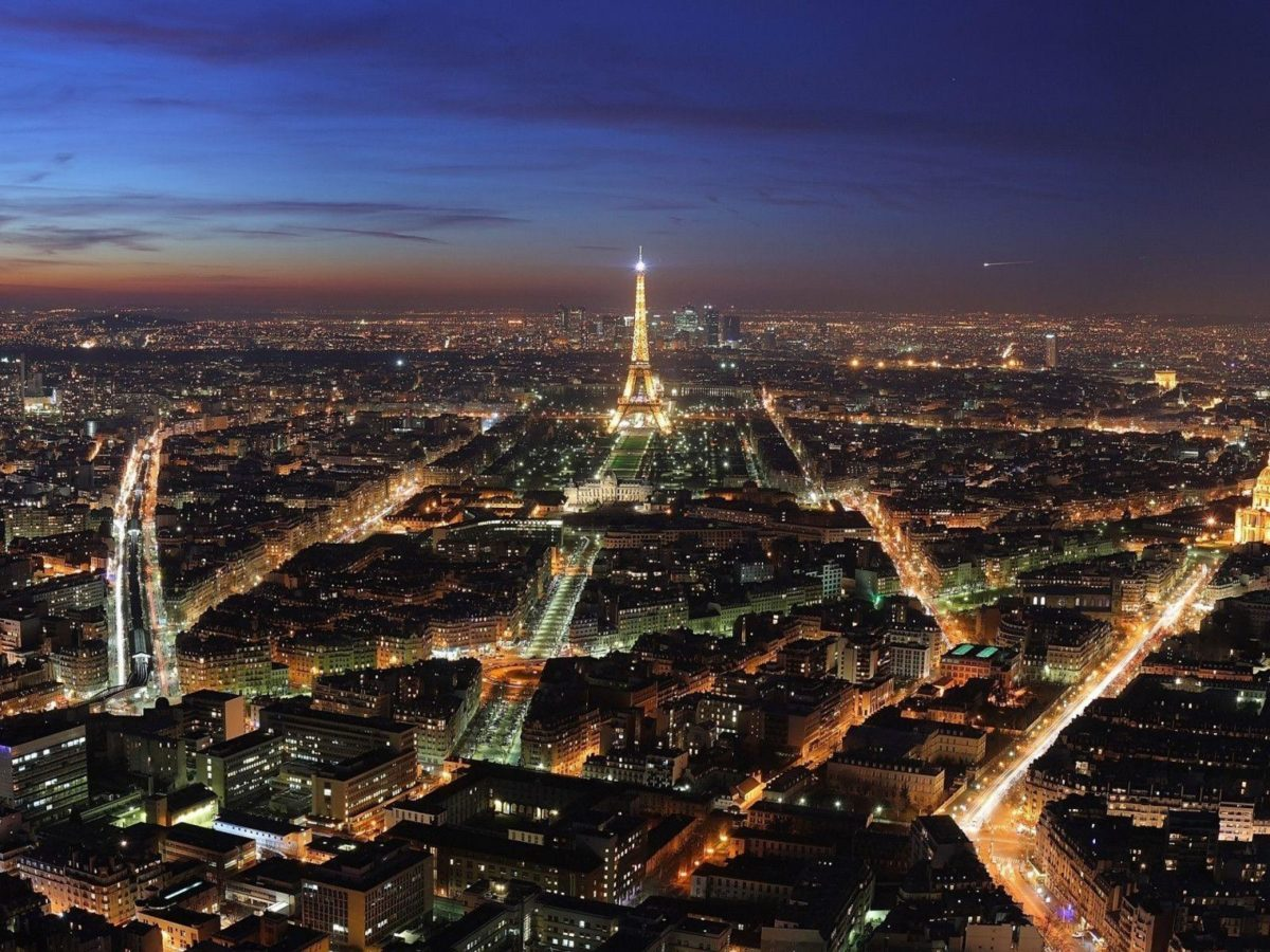 1600×1200 Paris night lights desktop PC and Mac wallpaper