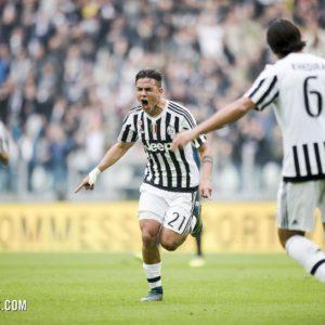 download Dybala delight at Juventus Stadium – Juventus.com
