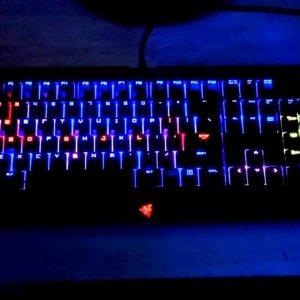 download Razer BlackWidow Ultimate Chroma Lighting Demo (lights off) – YouTube