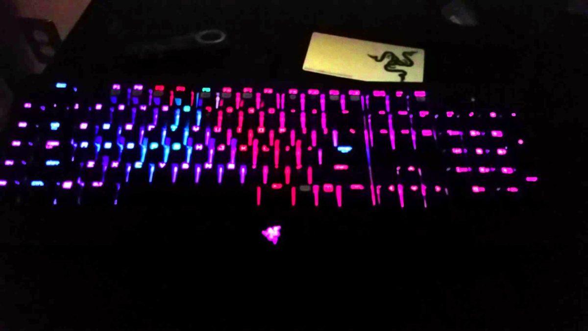 Razer Blackwidow Ultimate Chroma: Custom Profile – YouTube