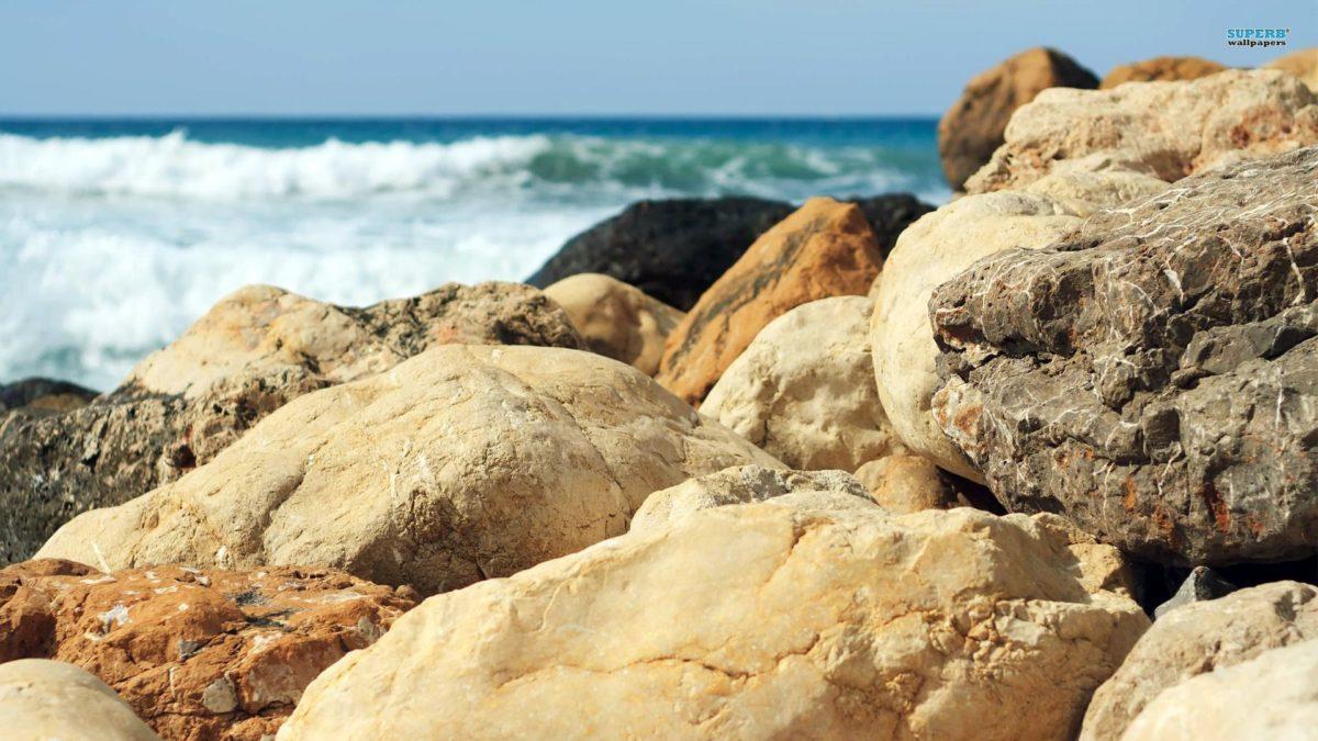 Beach Rocks Wallpapers High Resolution > Minionswallpaper
