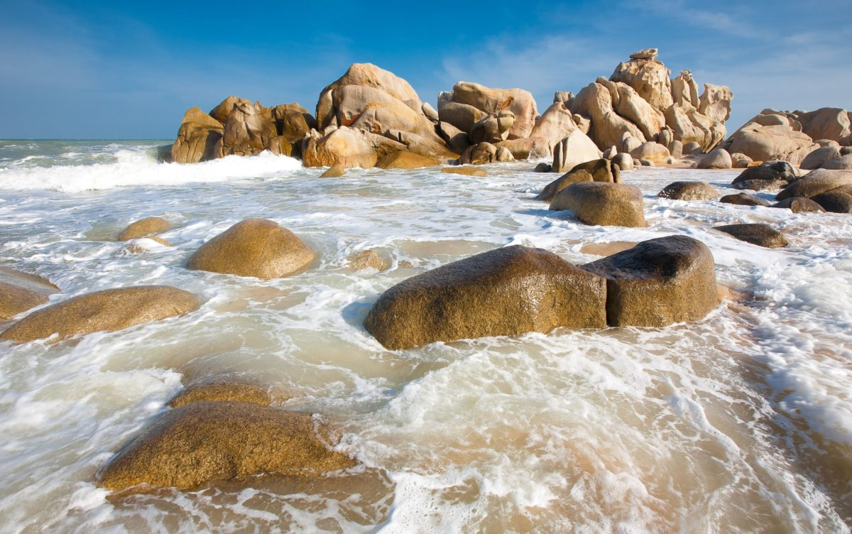 Download Beach Rocks Wallpapers 34588 2560×1604 px High Resolution …