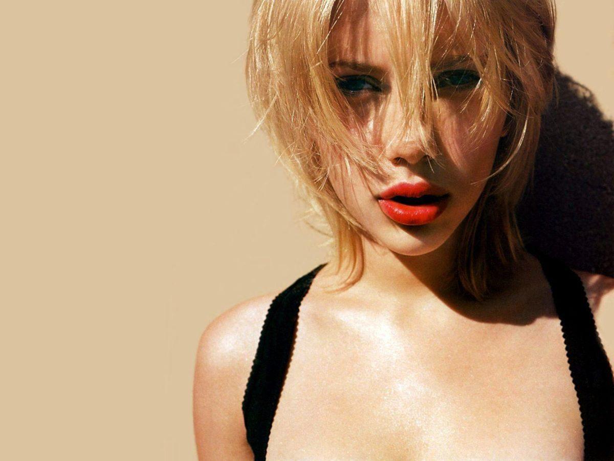 Scarlett Johansson IPhone Wallpaper #8014 Wallpaper | CamLib.
