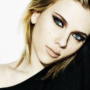 download Scarlett Johansson Wallpapers