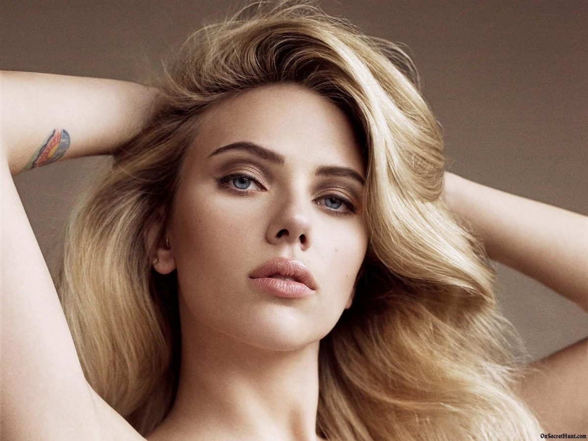 Scarlett Johansson Wallpaper 41 Backgrounds | Wallruru.