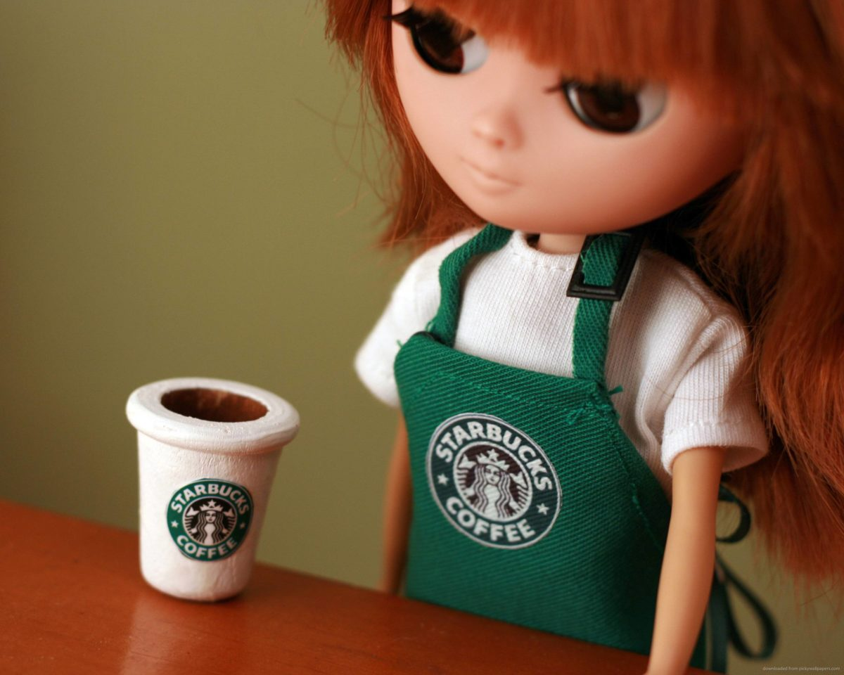 Download 2560×2048 Starbucks Doll Wallpaper