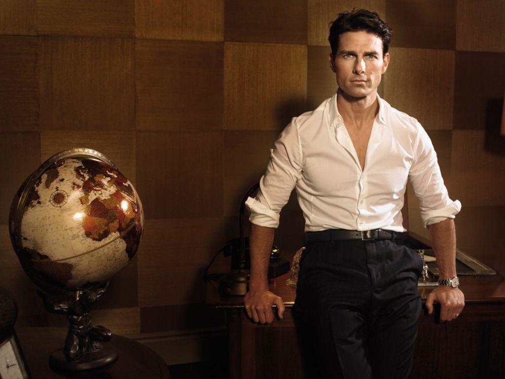 Tom Cruise Portrait With Globe Wallpaper 1024×768 – Tom Cruise …