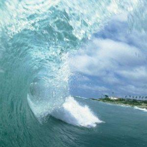 download Hd Wallpapers Tsunami Waves 1600 X 1200 472 Kb Jpeg | HD …