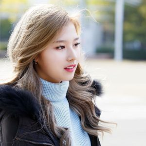 download Sana – Twice Wallpaper (1920×1200) (233144)