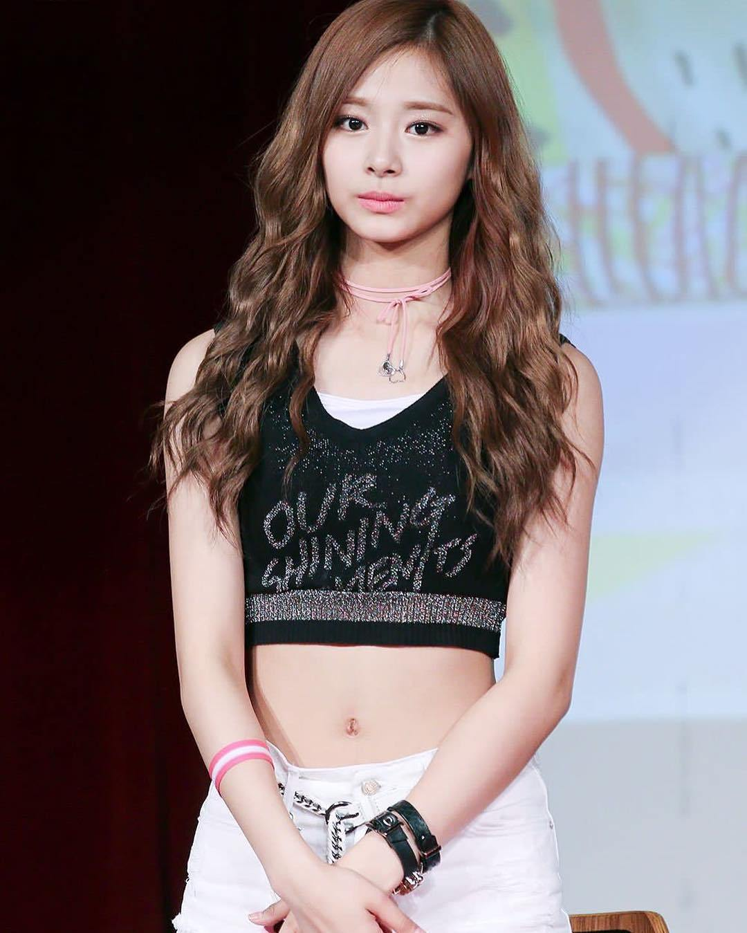 South Korean Singer Chou Tzu Yu HD Pictures and Wallpapers – HD IMAGES