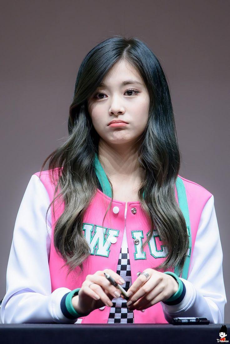 72 best images about #tzuyu on Pinterest | Blue hair, Be kind and …
