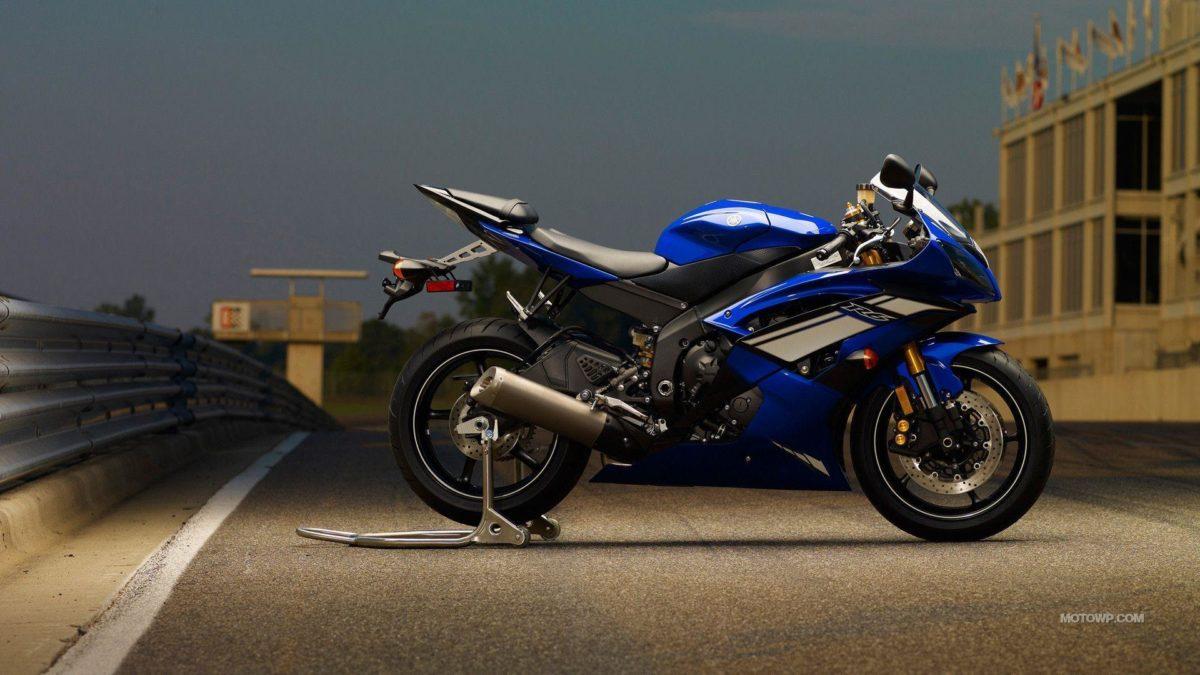Motorcycles desktop wallpapers – Yamaha YZF-R6 – 2012