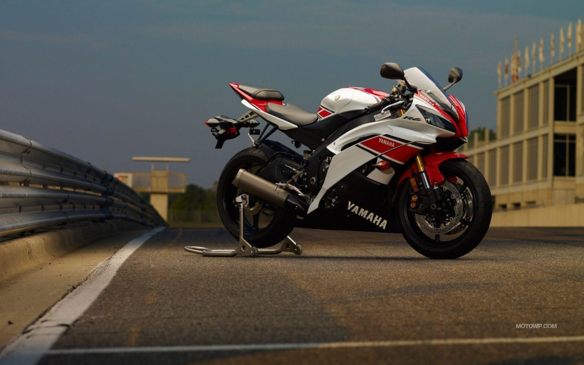 Vehicles For > 2012 Yamaha R6 Wallpapers